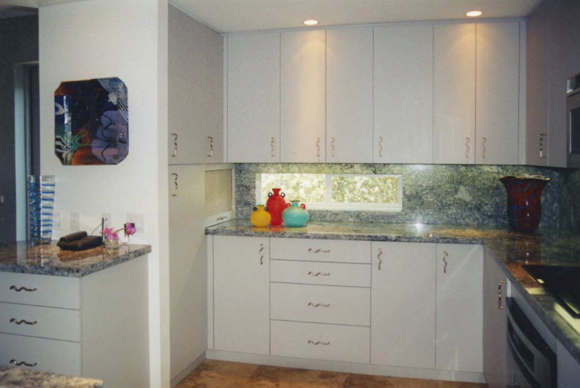 casey key modern kitchen design 2
